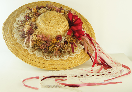 SOLD Ladies Straw Hat with Dried Flowers